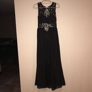 NELLEY.com long black dress